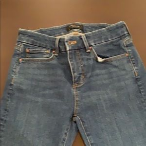Ann Taylor The Straight Crop jeans 0P petite